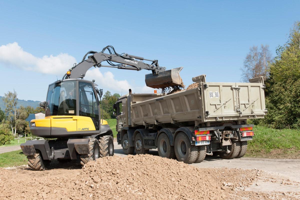 1420470946 mecalac excavator nouvelle12mxt 06