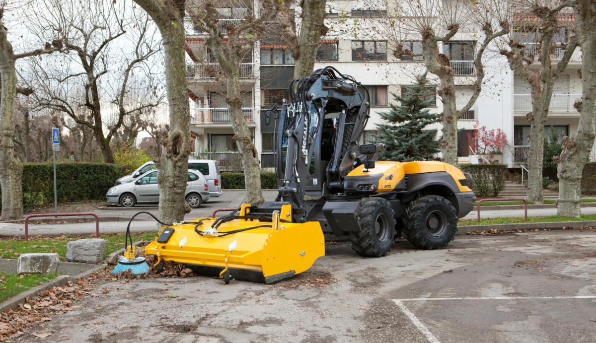 1420532567 mecalac excavator nouvelle12mtx 33
